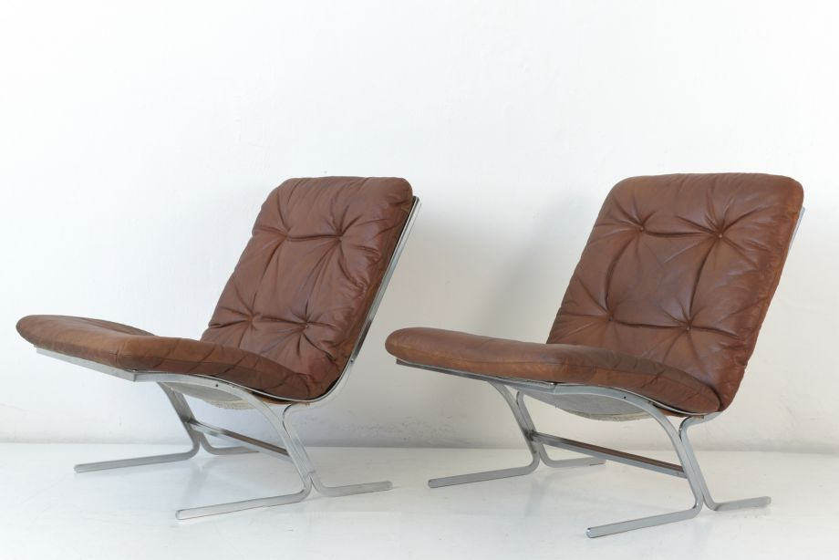 PAIR FLAT STEEL ARMCHAIR - LEATHER PADS - GERMANY - AROUND 1970