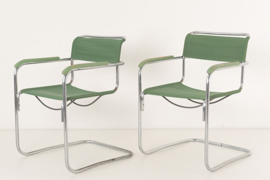 PAIR OF CANTILEVER ARMCHAIRS - B 34 WITH GREEN IRON YARN - DESIGN MARCEL BREUER - CZECHOSLOVAKIA - 1930