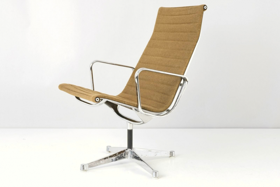 ARMCHAIR - TYPE 682 SWIVEL - CHARLES AND RAY EAMES - USA - 1958