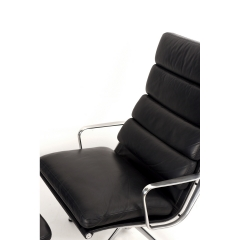 105611 softpad lounge chair ea438 ottoman ea423 charles eames usa 1969