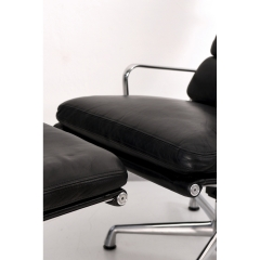 10569 softpad lounge chair ea438 ottoman ea423 charles eames usa 1969