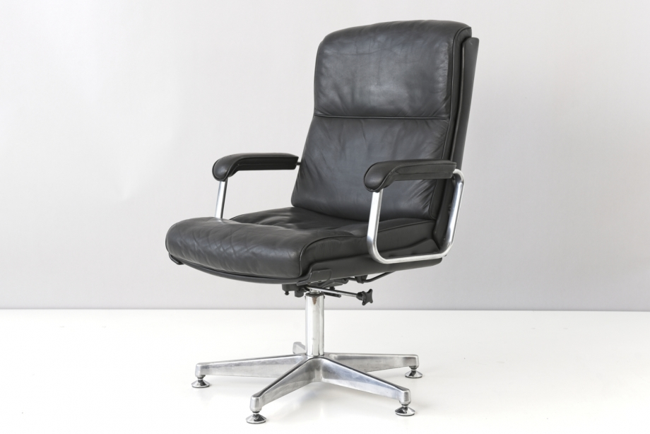 CONFERENCE CHAIR WITH TILTING MECHANISM - DRABERT - GERMANY - AROUND 1970