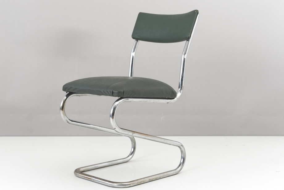 CANTILEVER ARMCHAIR - GERMANY - AROUND 1935