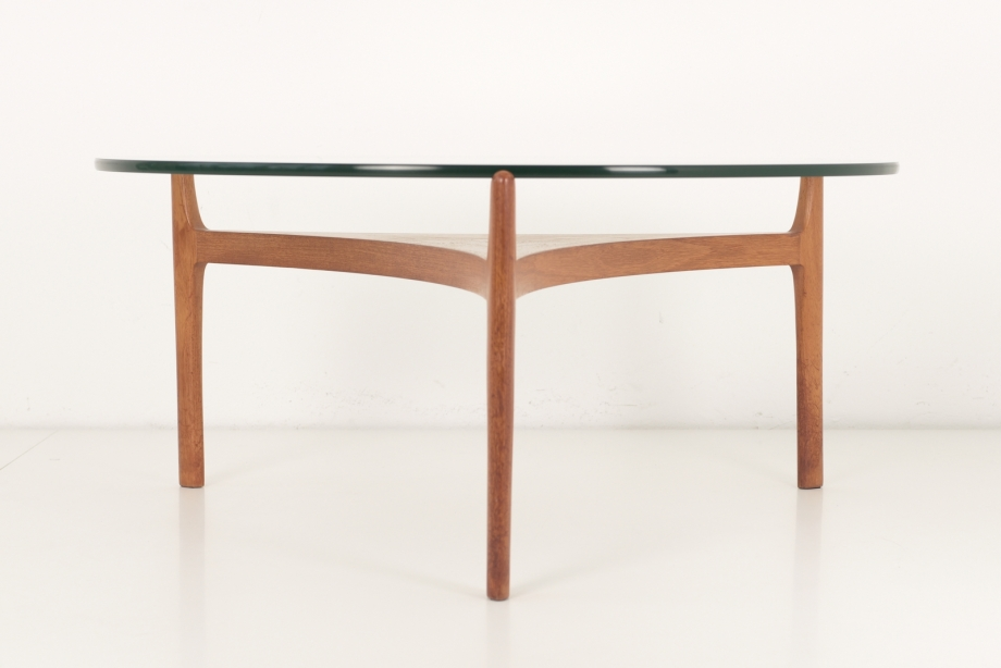 SIDE TABLE - SVEN ELLEKAER - CHRISTIAN LINNEBERG - DENMARK - AROUND 1960