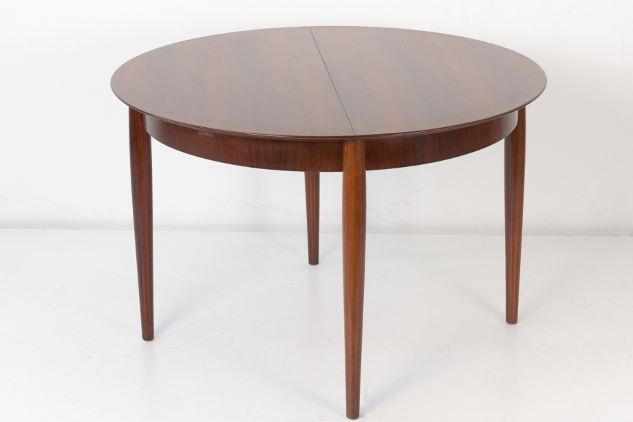 EXTENDABLE TABLE - ROSEWOOD - LÜBKE - AROUND 1960