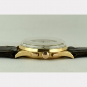 08683 chronograph_universal_tri_compax_rosegold_sc