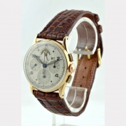 05871 chronograph_universal_tricompax_gold_1950_g