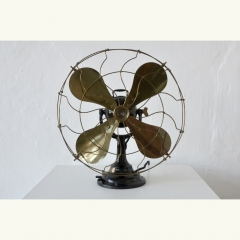 TABLE FAN - VERITYS - JUNIOR FAN - NO. 143